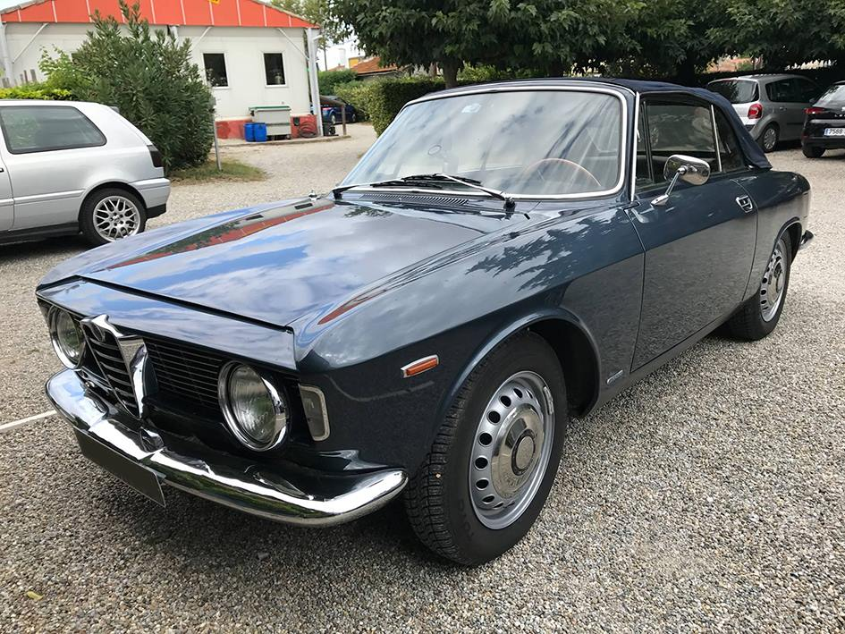 alfa-gtc-voiture-collection-tirou-restaurant-castelnaudary